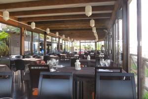 restaurante-interior-aguilas-zoco-del-mar
