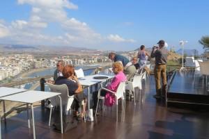 terraza-restaurante-vistas-al-mar